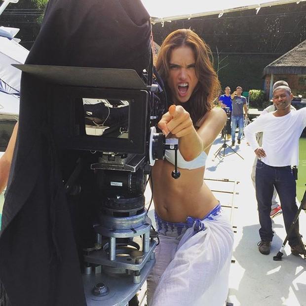 Alessandra Ambrósio (Foto: Instagram / Reprodução)