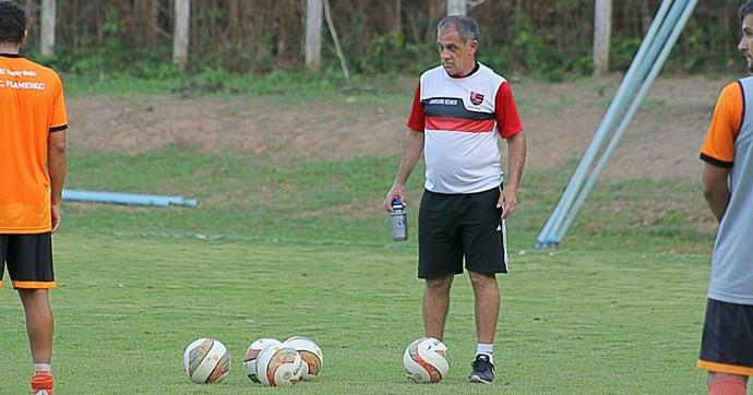 Celso Teixeira, técnico do Flamengo-PI (Foto: Érica Paz / Flamengo-PI)