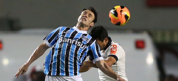 Kleber Corinthians x Grêmio (Foto: Marcos Ribolli / Globoesporte.com)