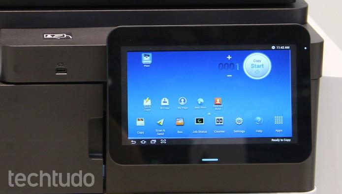 A linha Smart Pro, da Samsung, conta com uma versão própria do Android (Foto: Fabrício Vitorino/TechTudo)