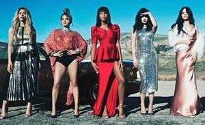 """Fifth Harmony lança música nova, """"Write On Me"""""""