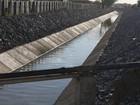 Águas da transposição e de açudes são coletadas para análise na Paraíba