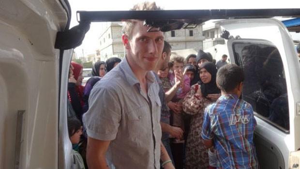 Os pais de Kassig disseram que tinham orgulho de seu trabalho na Síria  (Foto: AP)
