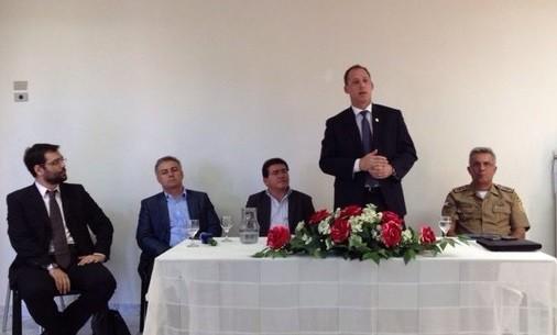 Coletiva anunciou medidas de segurança para o município sertanejo. (Foto: Renata Torres/ TV Asa Branca)