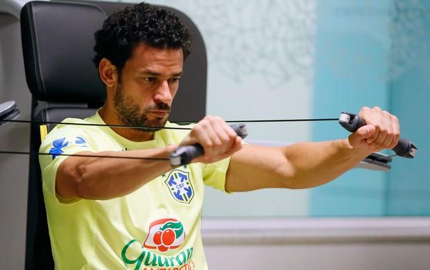 Fred no treino da seleção