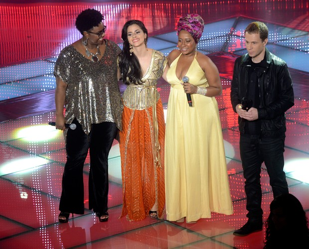 Ellen, Mira e Karla (Foto: Rede Globo/The Voice)