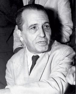 SÓ COISAS BOAS O líder comunista Luís Carlos Prestes. Ele foi tema de uma biografia laudatória (Foto: Arq. Estadão Conteúdo)