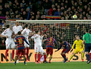 Messi gol falta Barcelona Sevilla