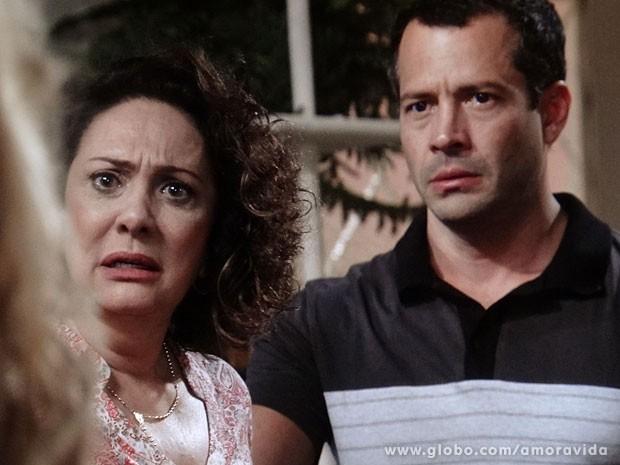 Ordália e Bruno em pânico (Foto: Amor à Vida/TV Globo)