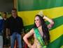 Sob o olhar de Alexandre Frota, Fabi Frota samba e mostra demais