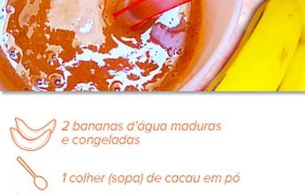 Shake rápido de banana e chocolate é boa fonte de energia, fibras e vitaminas