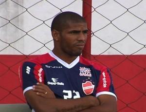 Patric, atacante do Vila Nova (Foto: Reprodução/TV Anhanguera)