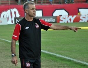 Técnico Jorginho, do Atlético-PR (Foto: Divulgação/Site oficial do Atlético-PR)