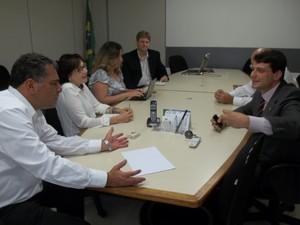 Julio Bueno, Bernardo Rossi e a equipe do Codim (Foto: Divulgação)