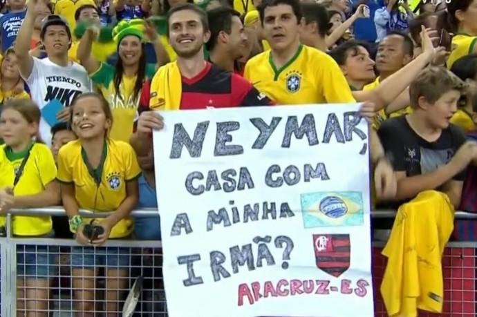 Torcedor brasileiro pede para Neymar casar com a irmã (Foto: Reprodução SporTV)