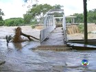 Ponto turístico de Salto continua alagado após rio Tietê transbordar