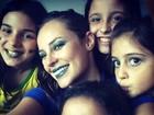 Caras pintadas! Veja a maquiagem e penteados das famosas na Copa do Mundo 2014