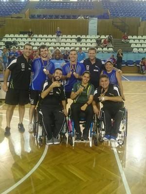 tênis de mesa paralímpico aberto romênia (Foto: Reprodução Facebook)