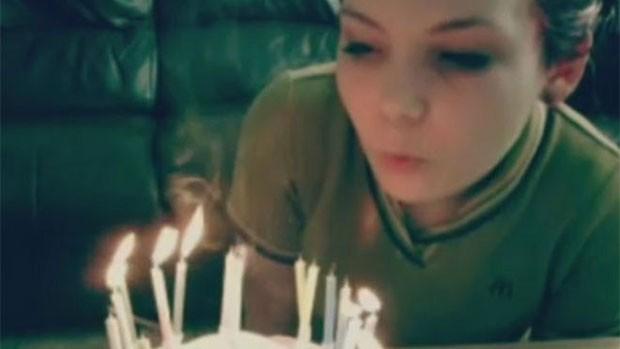 Sara escreveu sobre a angústia de estar longe de casa e a saudade da mãe (Foto: Arquivo pessoal/BBC)