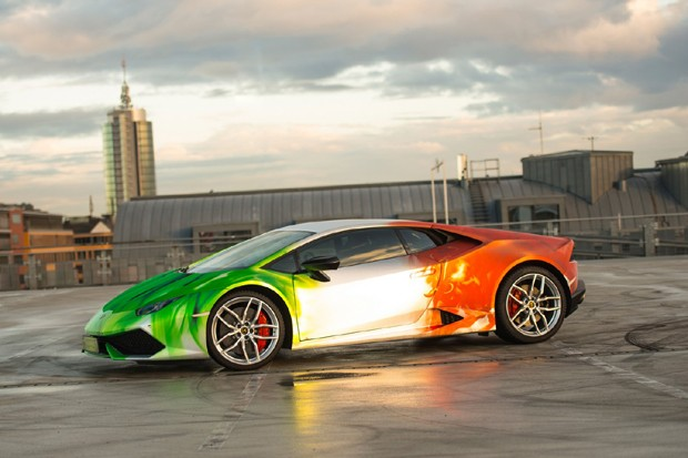 Versão tricolor do Lamborghini Huracán customizado pela Print Tech (Foto: Divulgação)