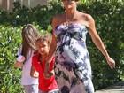 Halle Berry briga com ex por tentar mudar aparência da filha, diz site