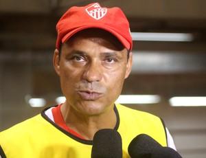 Everton Goiano, técnico do Rio Branco (Foto: João Paulo Maia)