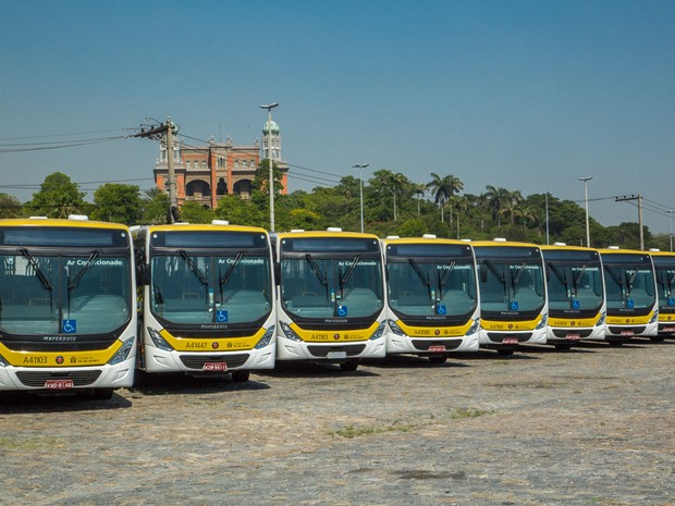 Novos ônibus refrigerados começam a circular no Rio (Foto: Marcelo Elizardo/ G1)