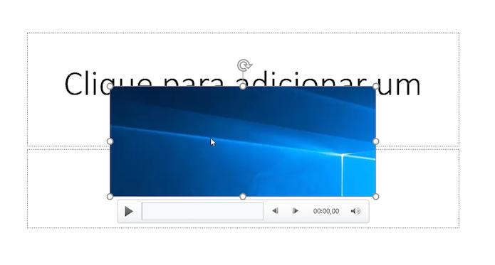 Vídeo será inserido à sua apresentação de slides (Foto: Reprodução/Helito Bijora)