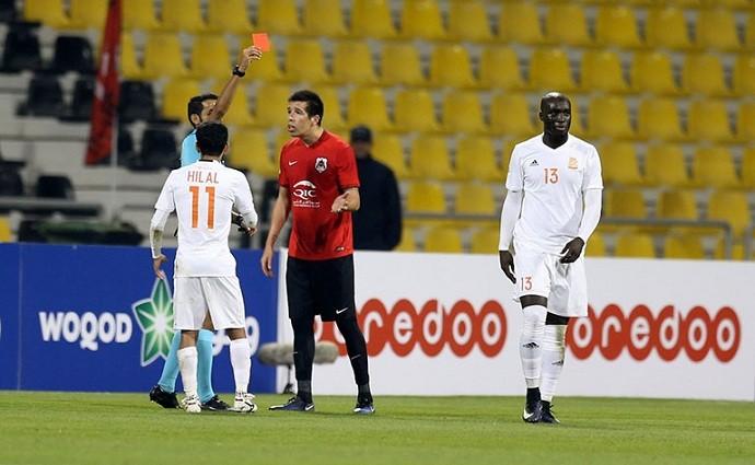 BLOG: Ex-Fla se envolve em confusão no Catar e pega quatro jogos de suspensão