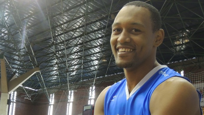 Marcus Toledo - Mogi das Cruzes - basquete (Foto: Thiago Fidelix)