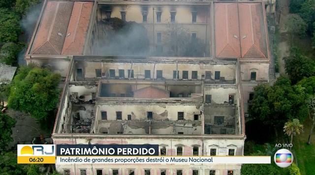 Marcelo Crivella lamenta destruição do Museu do Rio