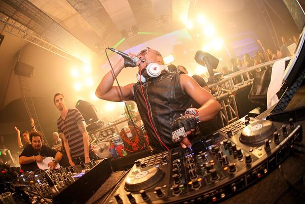 Apl.de.ap, do Black Eyed Peas, faz show em Santa Catarina (Foto: Adriel Douglas/ Divulgação)