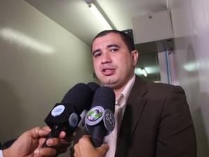 Diretor Anselmo Portela falou sobre problemas nas unidades socioeducativas (Foto: Catarina Costa / G1)
