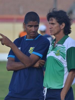 Iedo Morgado, técnico do Estanciano (Foto: Osmar Rios)