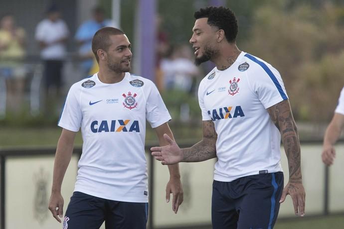 Clayton e Kazim treino Corinthians (Foto: Daniel Augusto Jr/Ag. Corinthians)
