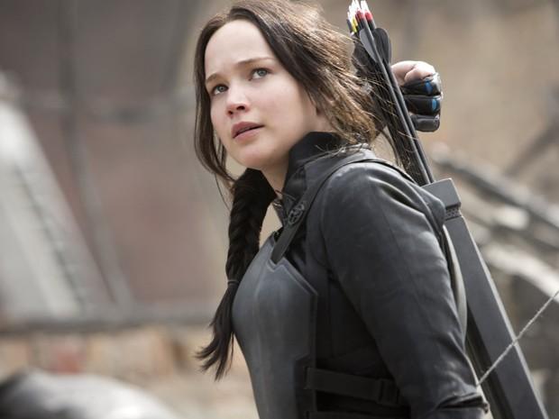 Jennifer Lawrence em cena de 'Jogos vorazes: A esperança - Parte 1', que estreia nesta quarta-fera (19). É a primeira parte do encerramento da saga (Foto: Divulgação)