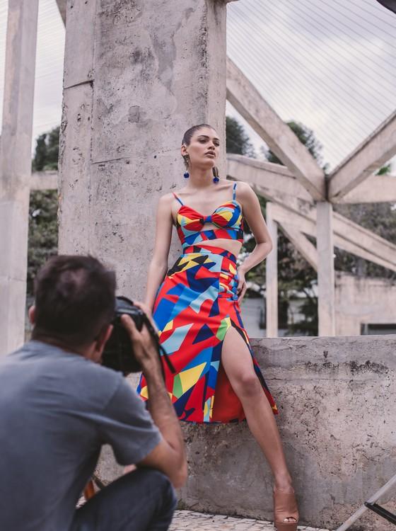 Aos 20 anos a modelo transexual Valentina Sampaio está fazendo história no mundo da moda (Foto: Márcio Rodrigues)