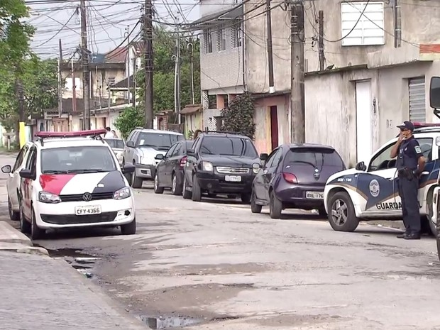 Moradores do bairro Pae Cará pede mais segurança na região (Foto: G1)