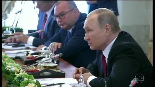 Pode ter havido interferência russa na eleição americana, admite Putin