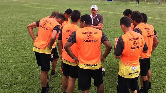 Jogo-treino Independente x Caldense (Foto: Foto: Denis Suidedos / Gazeta de Limeira)
