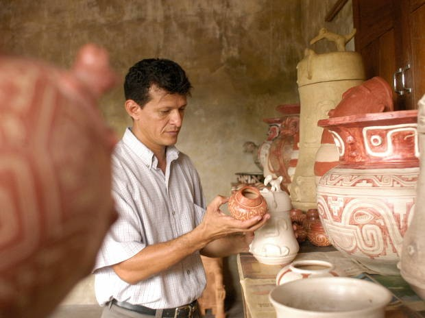 Levy Cardoso divide legado do pai com a cultura paraense (Foto: Dirceu Maués / O Liberal)