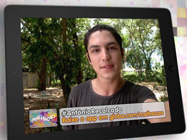 Comente com a tag #AntônioRecalcado (Foto: TV Globo / Malhação)