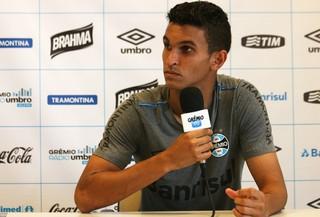 Araújo Grêmio coletiva (Foto: Eduardo Deconto/GloboEsporte.com)