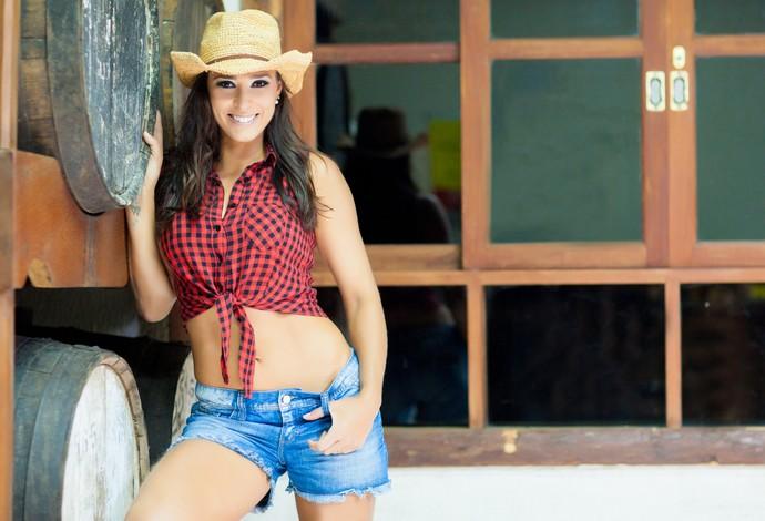 Bicampeã brasileira de vôlei de praia, Ágatha faz ensaio de moda  (Foto: Roberto Souza)