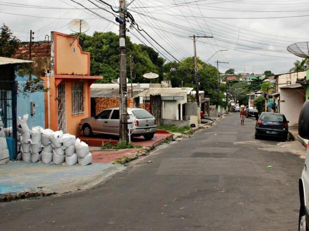 Crime ocorreu na Rua Boa Sorte, no bairro Presidente Vargas (Foto: Suelen Gonçalves/ G1 AM)