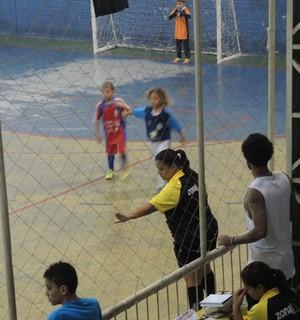Cristian, do Corinthians, com o filho (Foto: Marcelo Braga)