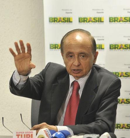 O presidente da Autoridade Pública Olímpica, Márcio Fortes (Foto: José Cruz/ABr)