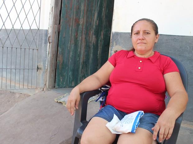 Agricultora Maria Antônia Carneiro revelou dificuldades com o uso da moeda local (Foto: Catarina Costa/G1 PI)