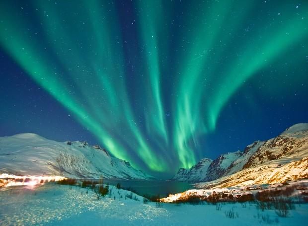 1-lugares-coloridos-aurora-boreal-norte-noruega (Foto: Thinkstock)