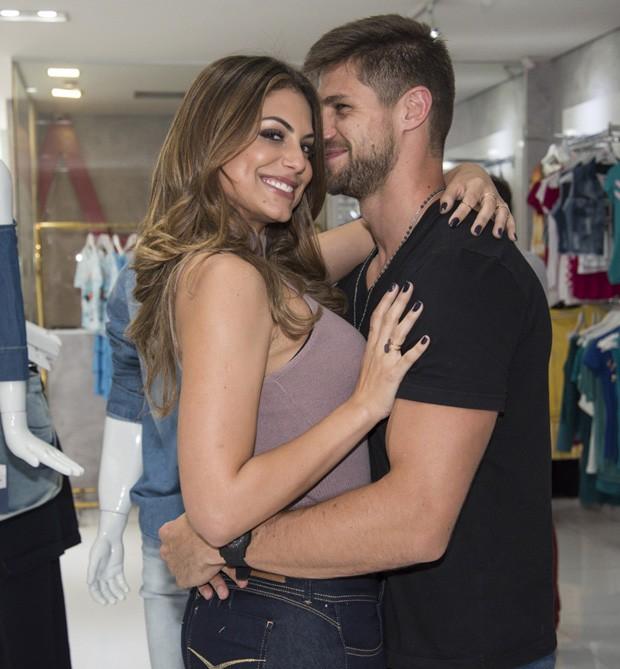 Mari Gonzalez e Jonas Sulzbach (Foto: Caio Duran/Divulgação)